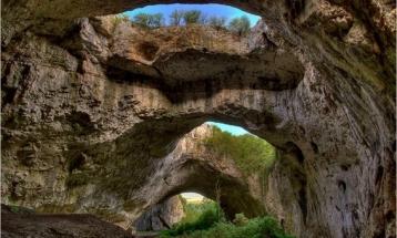 Крушунски водопади – Деветашка пещера